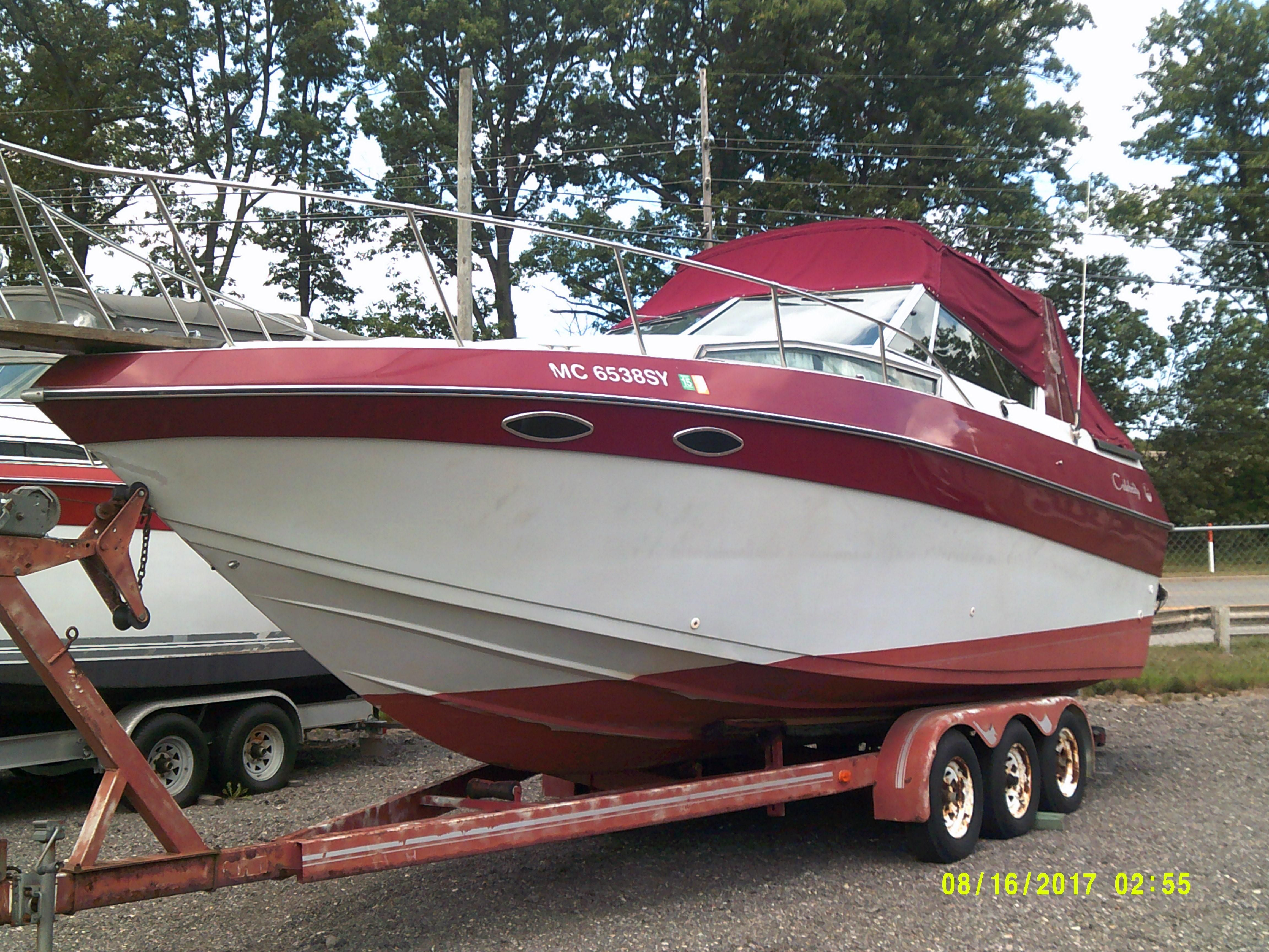 89 Celebrity 19ft. Runabout - YouTube