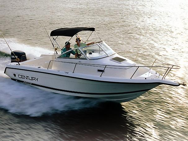 Boat Dealers Tampa >> 2001 Century 2300 Walk-Around Power Boat For Sale - www.yachtworld.com