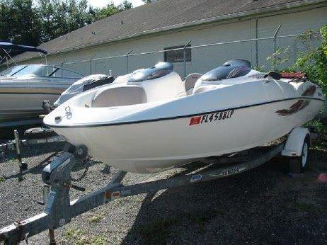 2001 Yamaha LS 2000
