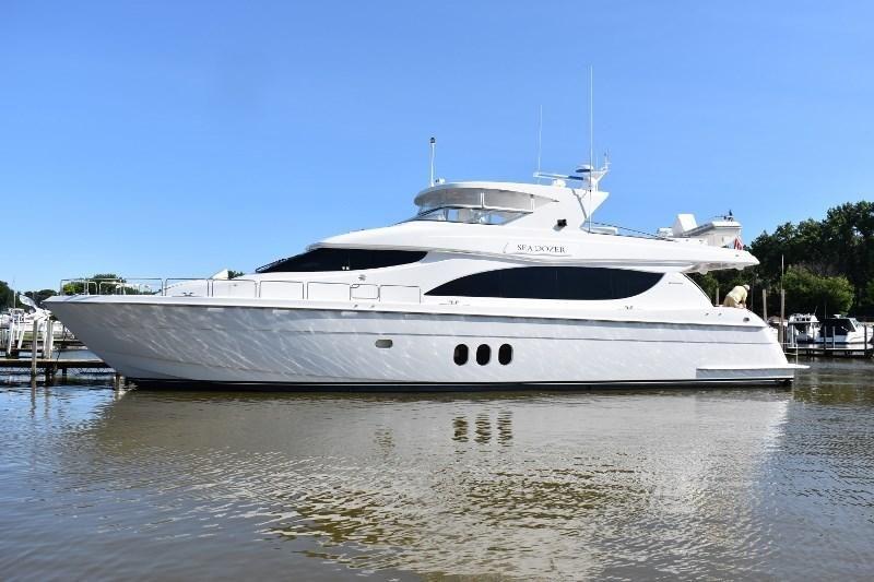2004 Hatteras 80 Motor Yacht Power Boat For Sale - www yachtworld com