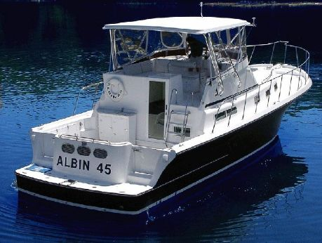 2007 Albin Command Bridge