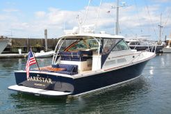 2004 Hinckley SC-42 Sport Cruiser