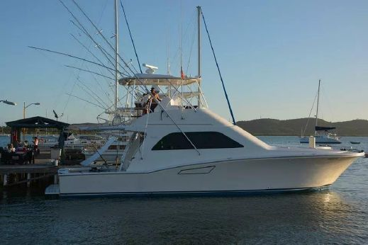 2005 Cabo Yachts 48