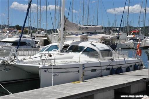2004 Privilege Yachts Privilege 435