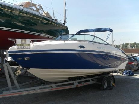 2007 Rinker 246 Captiva Cuddy