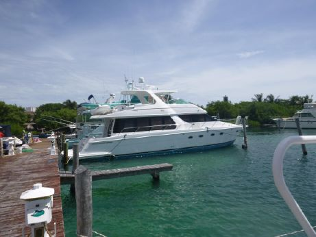 2002 Carver Yachts 570 Voyager