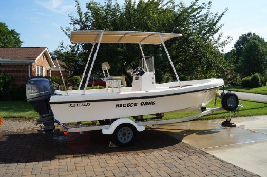 2004 Privateer 19 CENTER CONSOLE W/HARD TOP!