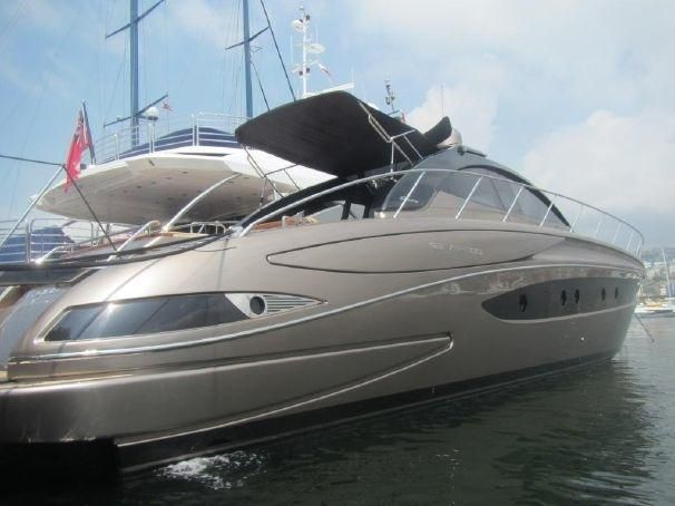 2009 riva 63 vertigo moteur bateau vendre. Black Bedroom Furniture Sets. Home Design Ideas