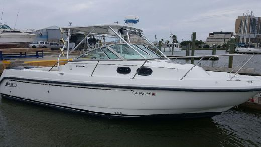 2001 Boston Whaler Conquest