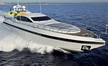 2005 Over Marine Mangusta 92