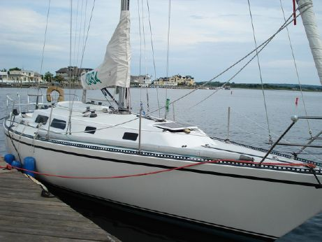 1974 Peterson Diesel Powered Sloop