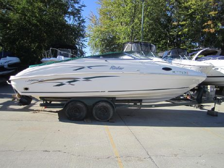 1999 Rinker 232 Captiva Cuddy