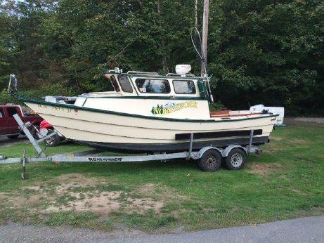 1975 Clipper Craft 23' JON Dory Fishing Boat