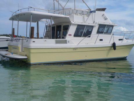 2001 Sea Sport Pacific 3200