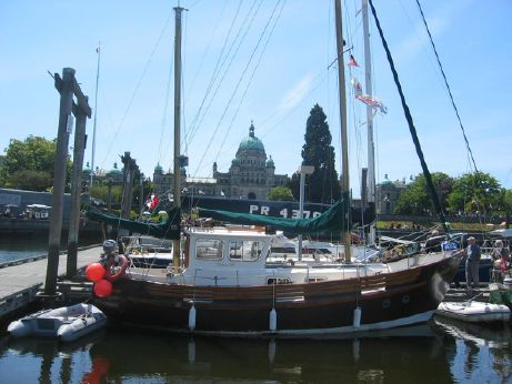 1977 Fisher 30 Ketch