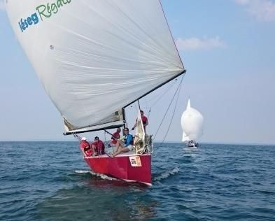 1996 Farr Yacht Design 30