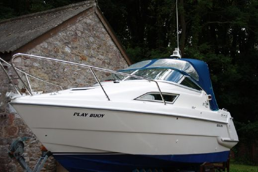 1995 Sealine 210