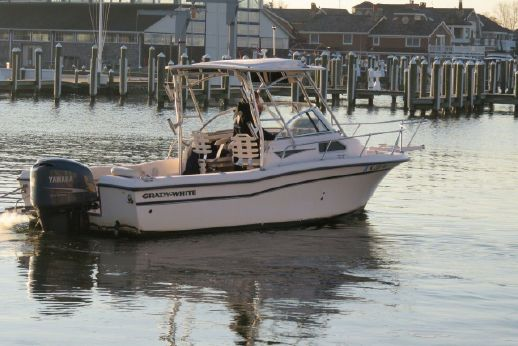 Grady White 226: 1999 Other Grady White Seafarer 226 For