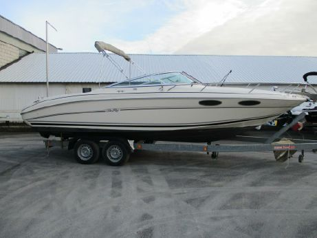 2000 Sea Ray 230 Overnighter