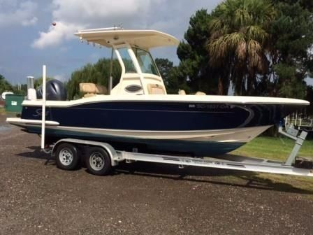 2014 Scout Boats 225 XSF