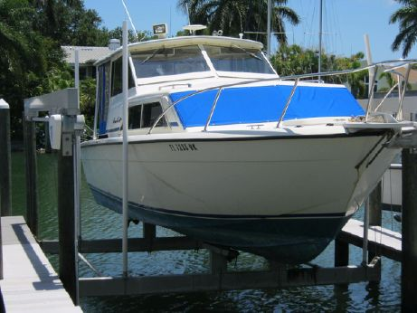 1977 Chris Craft 281 Catalina