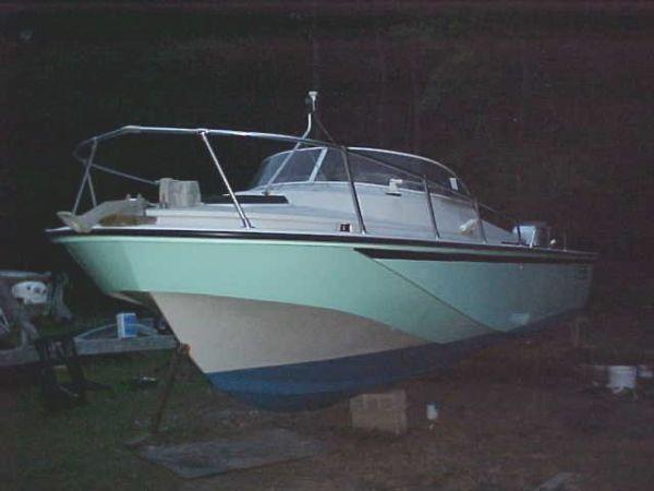 Honda Dealers Nj >> 1983 Boston Whaler Revenge Cuddy Power Boat For Sale - www.yachtworld.com