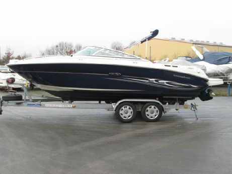 2005 Sea Ray 220 SSE