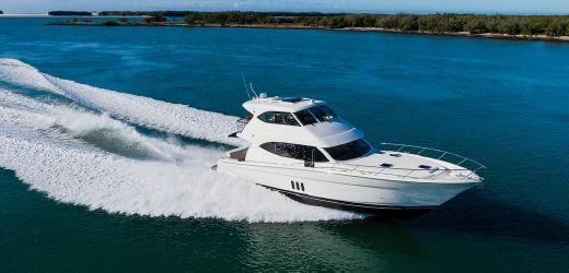 2016 Maritimo Yachts M 58
