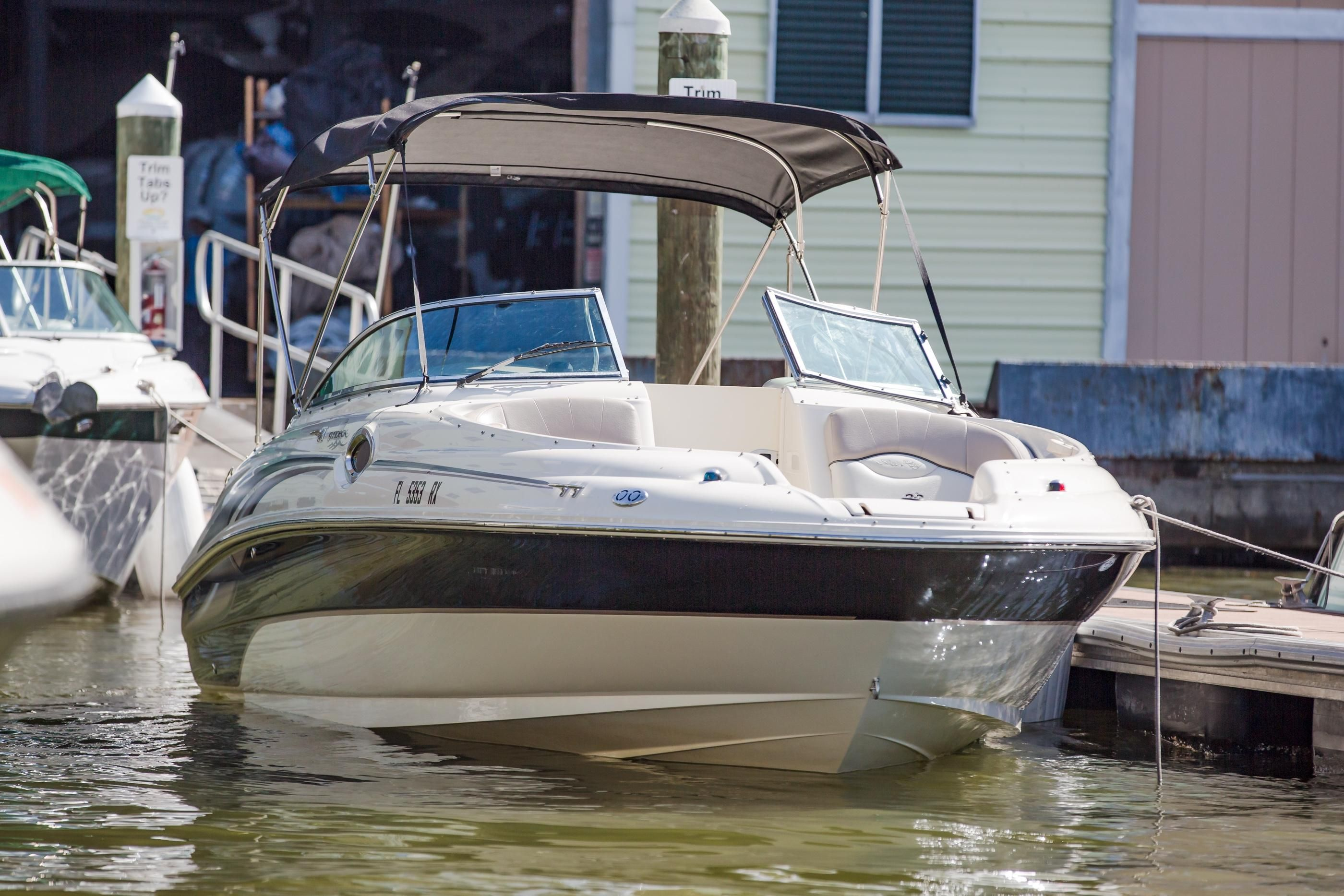 Sea Ray 240 Sundeck >> 2004 Sea Ray 240 Sundeck Other for sale - YachtWorld