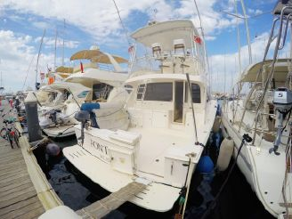 2006 Cabo Yachts 43 Convertible