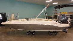 2020 Stingray 182SC FAMILY DECK BOAT