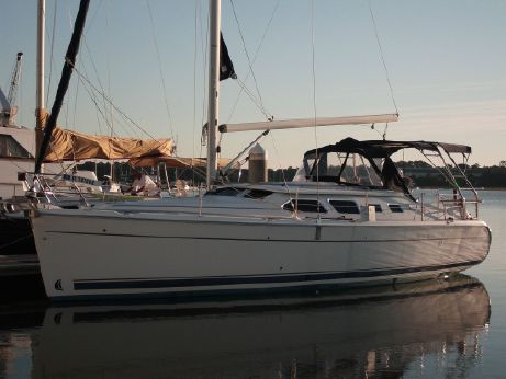 2009 Hunter 41 Deck Salon