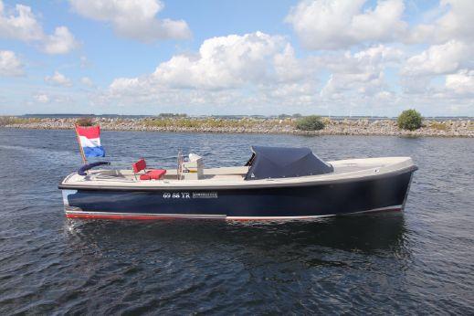 2011 Onj Tender 820