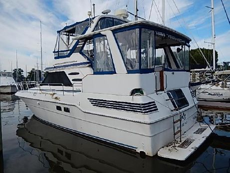 1990 Sea Ray Motor Yacht