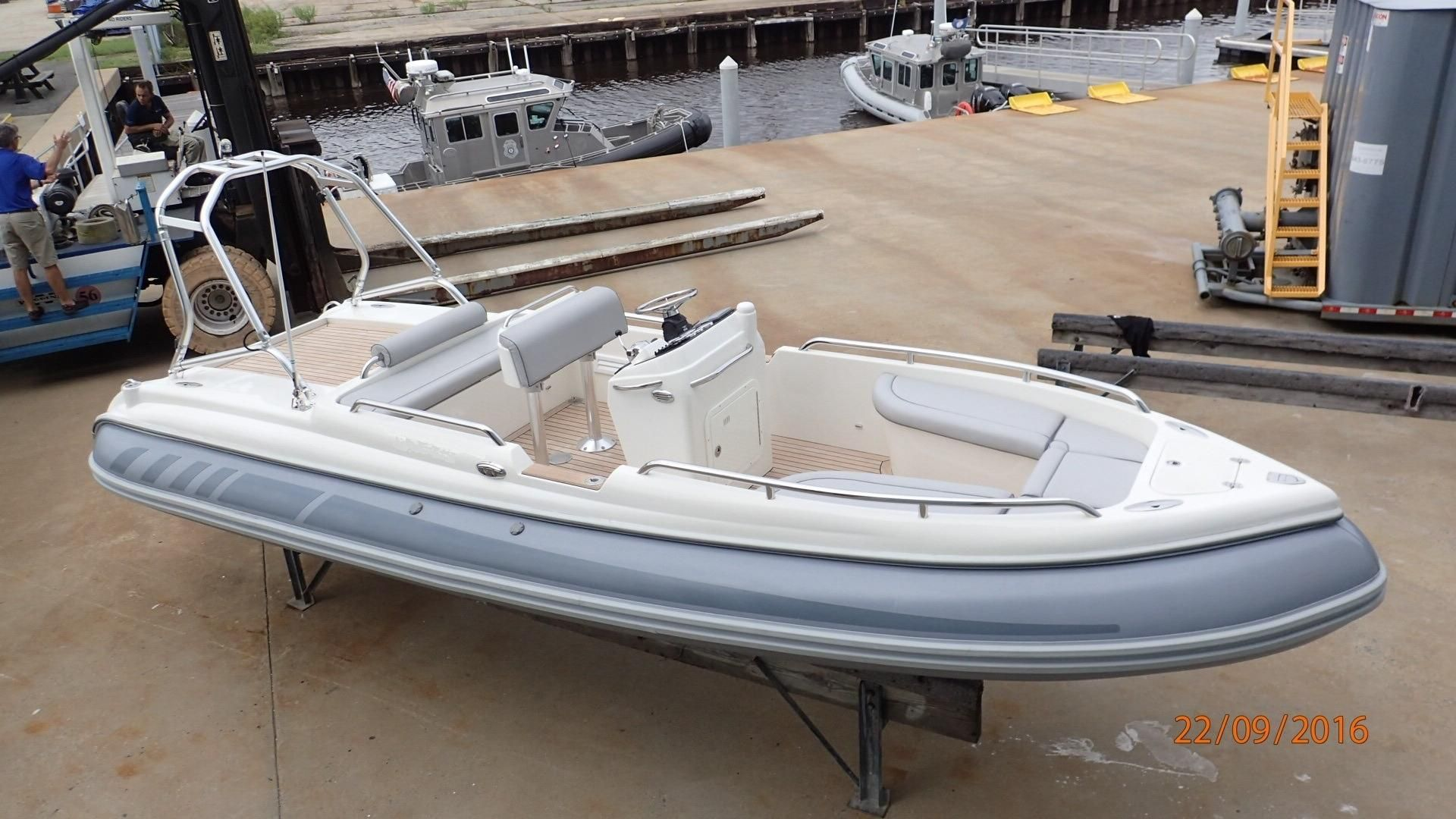 2009 Novurania CL 750 Power Boat For Sale - www.yachtworld.com