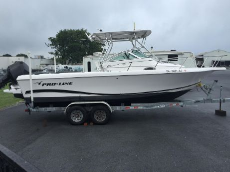 2004 Proline 25 WALK AROUND