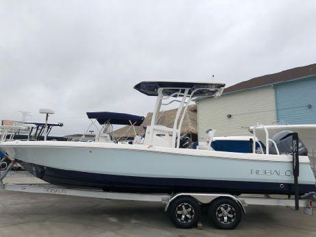 2018 Robalo 246 Cayman