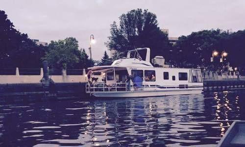 1986 Skipperliner Houseboat