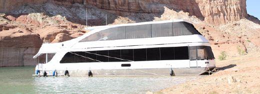 2016 Adonia Yachts Endeavour Week #13