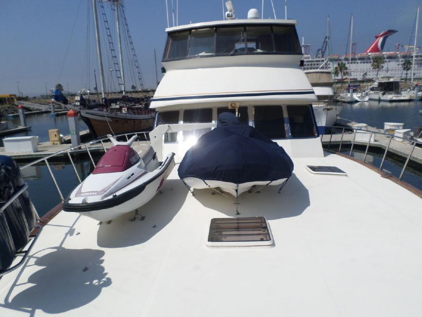 Pacifica 67 Convertible Bow