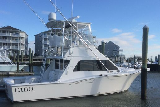 2003 Cabo Yachts 35 Flybridge Sportfisher