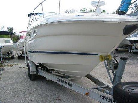 2004 Monterey 245 Cruiser