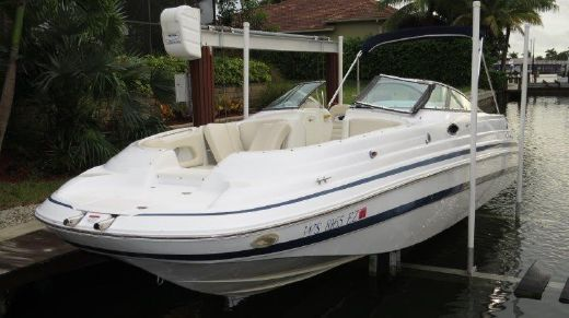 2001 Chris Craft 262 Sport Deck