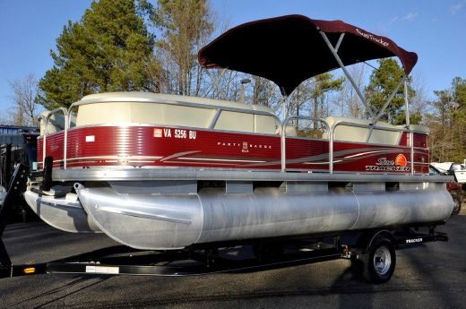 2012 Sun Tracker Party Barge 22 DLX