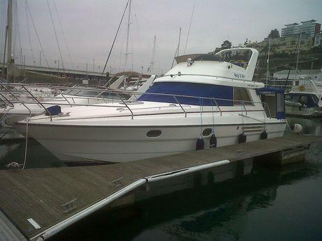 1991 Princess 330