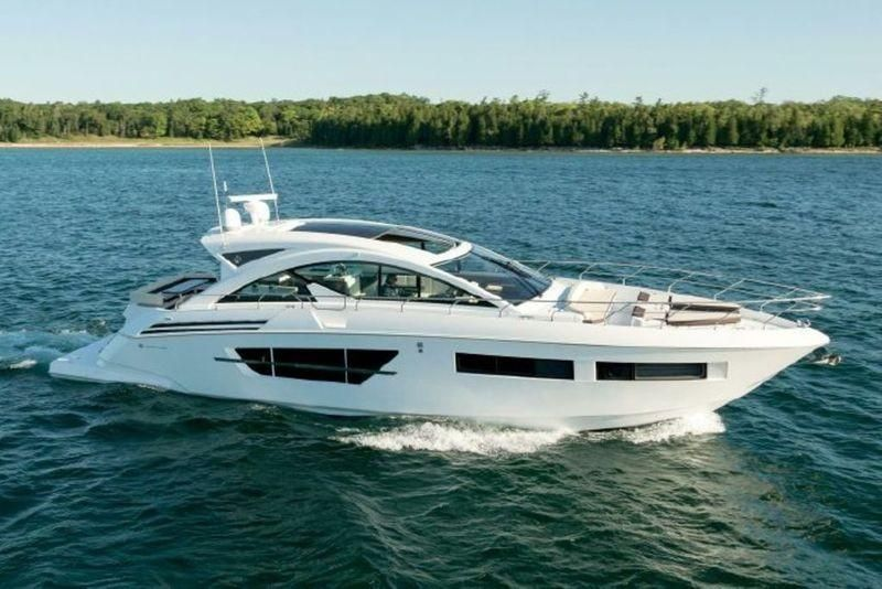 2016 Cruisers Yachts 60 Cantius Power Boat For Sale Www Yachtworld Com