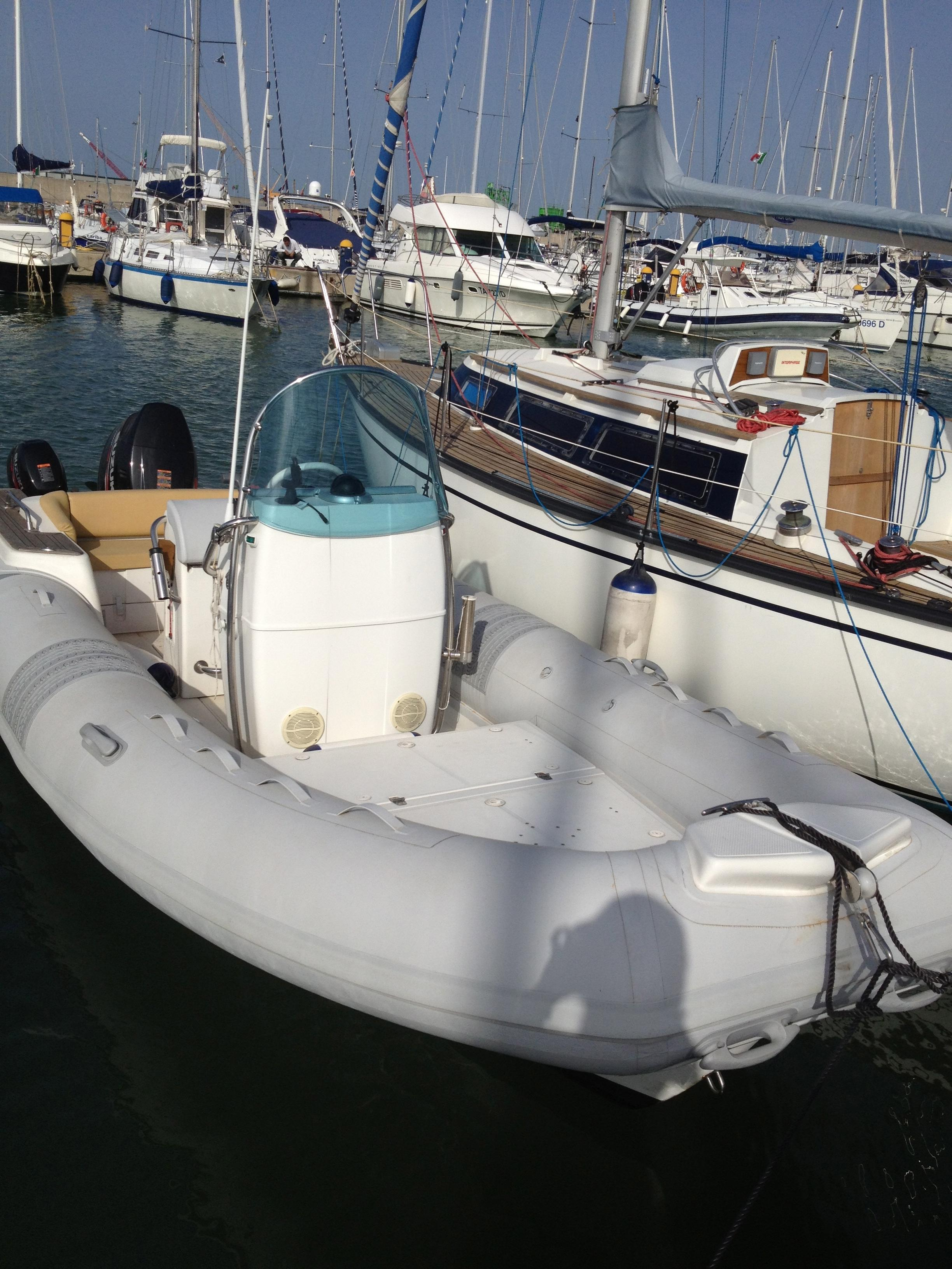 2011 tecnorib pirelli 660 Power Boat For Sale