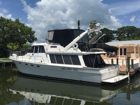1986 Bayliner 4588 Pilot House Motor Yacht
