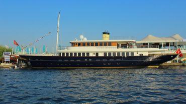 2013 Mega Yacht