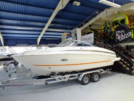 2015 Bayliner 742 Cuddy